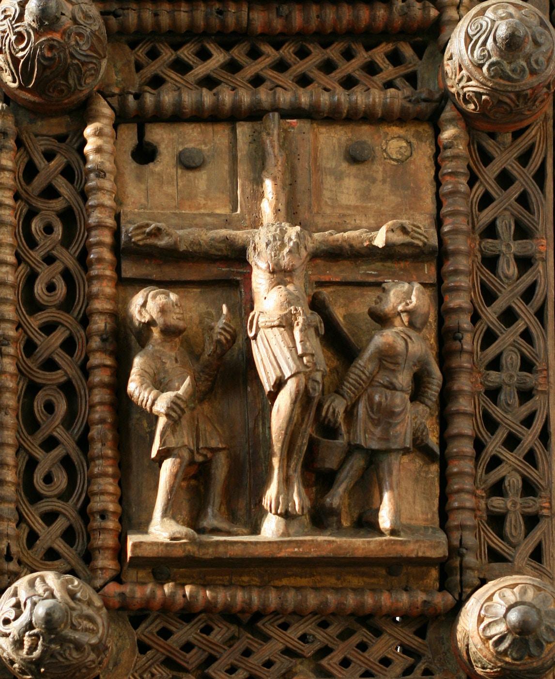 Wooden Door (c.1065): Crucifixion
