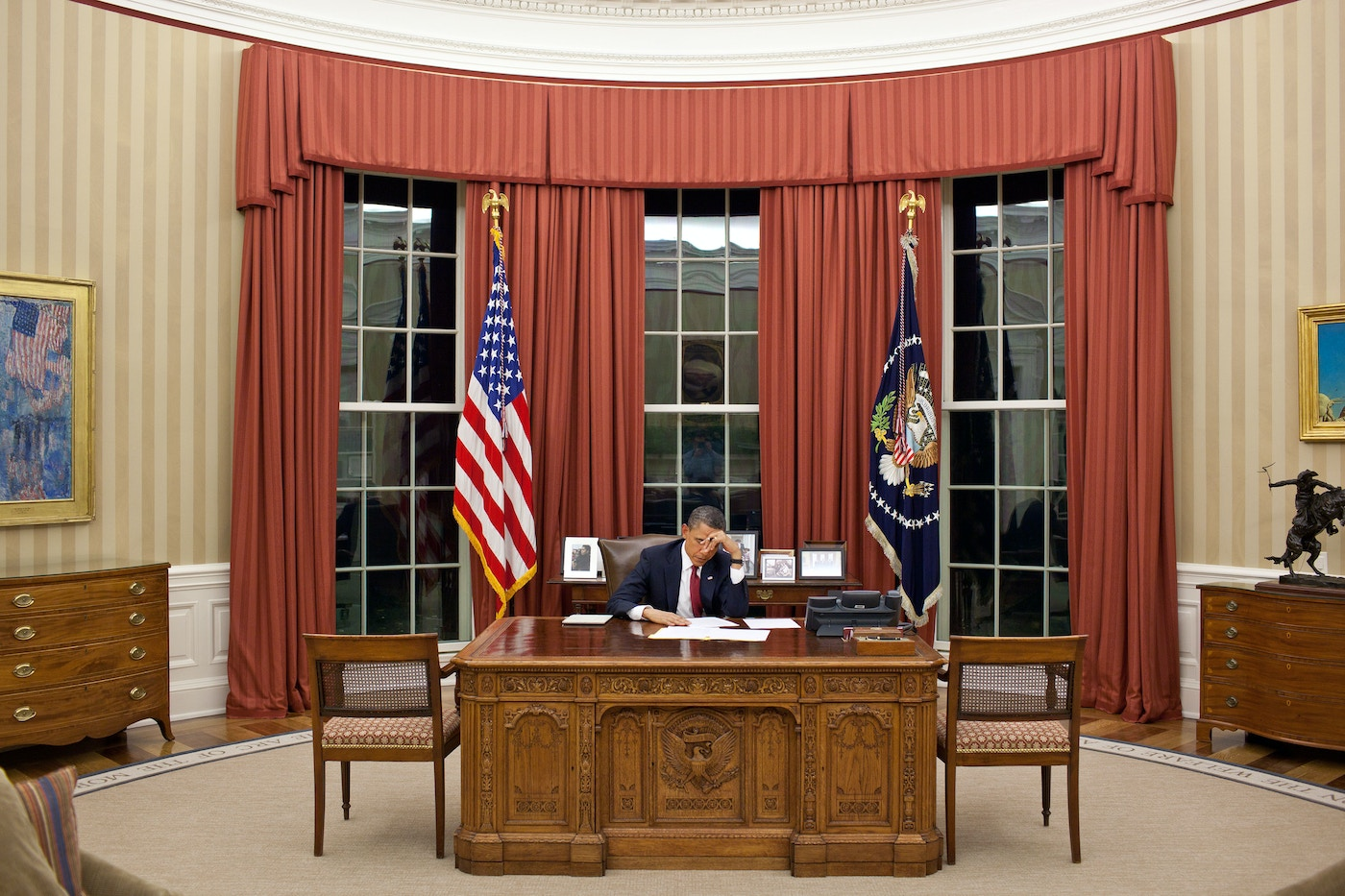 A Quiet Moment in the Oval Office